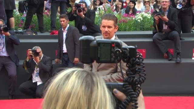 ethan hawke at 'cymbeline' red carpet - 71st venice international film festival at palazzo del cinema on september 03, 2014 in venice, italy. - 第71回ベネチア国際映画祭点の映像素材/bロール