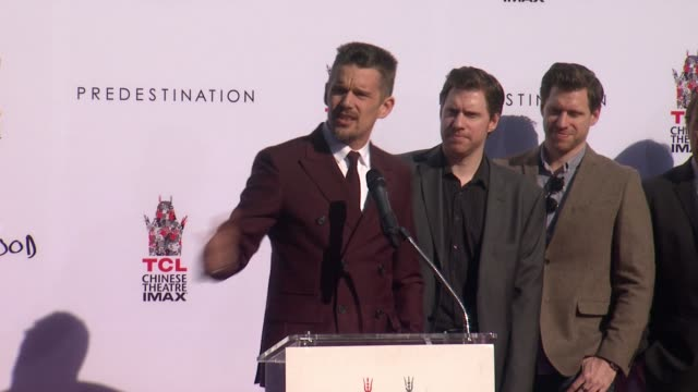 stockvideo's en b-roll-footage met chyron ethan hawke at the tcl chinese theater handprint and footprint ceremony honoring ethan hawke at tcl chinese theatre on january 08 2015 in... - tcl chinese theatre