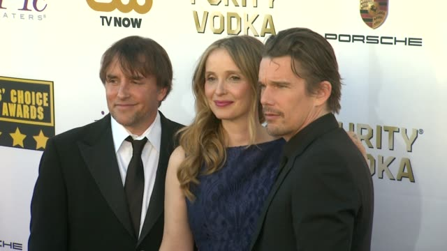 ethan hawke, julie delpy, richard linklater at 19th annual critics' choice movie awards - arrivals at the barker hanger on in santa monica,... - critics' choice movie awards stock videos & royalty-free footage