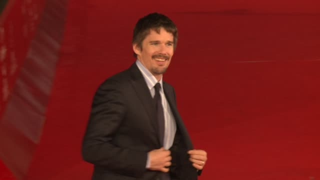 ethan hawke the woman in the fifth and grazia e furore premiere: - 6th international rome film festival on october 31, 2011 in rome, italy - rome film festival stock videos & royalty-free footage
