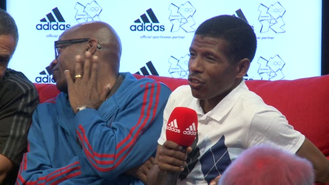 stockvideo's en b-roll-footage met ethiopian athletics legend haile gebrselassie said wednesday he would enter politics in his country with plans to contest for a seat in parliament in... - hoorn van afrika