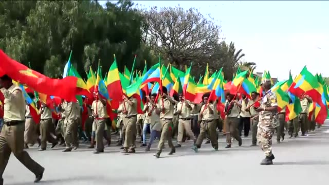 ethiopian people make their last preparations for the 40th founding anniversary celebrations of tplf in mekele ethiopia on february 17 2015 - etiopia video stock e b–roll