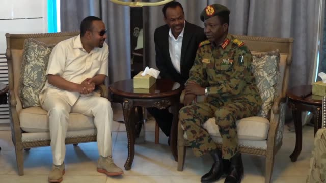 ethiopian prime minister abiy ahmed arrives in sudan to mediate a crisis sparked by a deadly crackdown on a long running sit in site by the military - prime minister video stock e b–roll