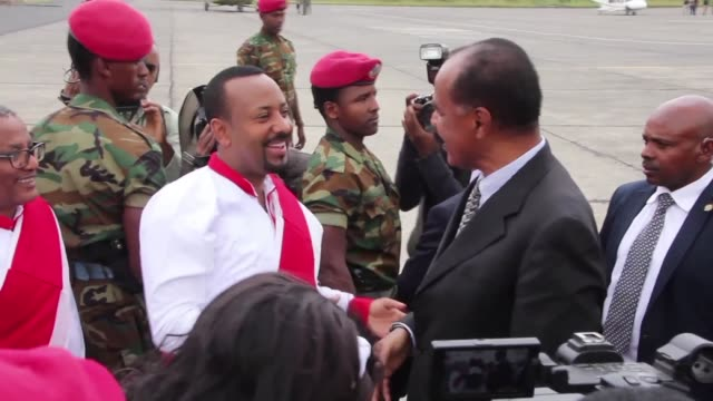 ethiopian prime minister abiy ahmed receives eritrean president isaias afwerki and somali president mohamed abdullahi mohamed at the airport in... - gondar stock videos and b-roll footage