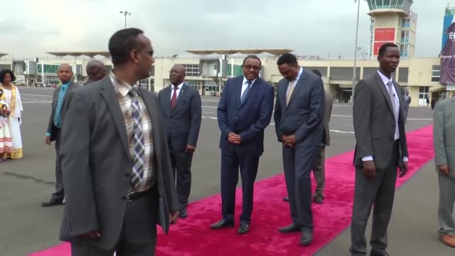 Ethiopian Prime Minister Hailemariam Desalegn welcomes Equatorial Guinea's President Teodoro Obiang Nguema Mbasogo with an official welcoming...