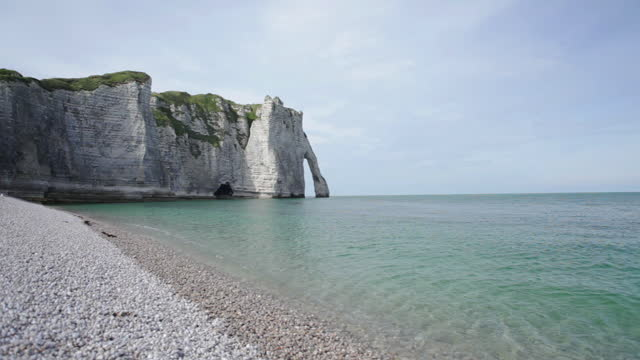 etretat beach with falaise in normandy - france - allied forces stock videos & royalty-free footage