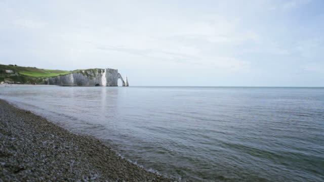 etretat left cliff and beach lv - hd - 1944 stock videos & royalty-free footage