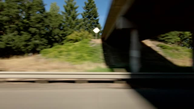 eugene highway iv synced series right view driving process plate - eugene oregon stock videos & royalty-free footage