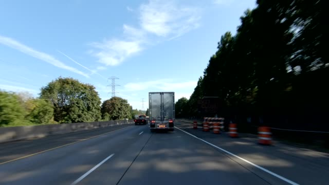 eugene highway xxix synced series front view driving process plate - oregon us state stock videos & royalty-free footage