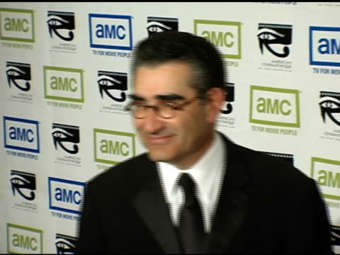 eugene levy at the 19th annual american cinematheque award honoring steve martin at the beverly hilton in beverly hills california on november 12 2004 - スティーブ マーティン点の映像素材/bロール