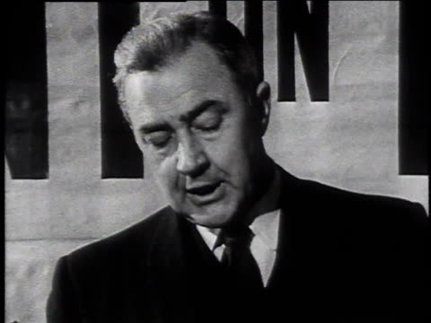 vidéos et rushes de eugene mccarthy making a speech at a chamber of commerce event / laconia, new hampshire, united states - eugene j. mccarthy