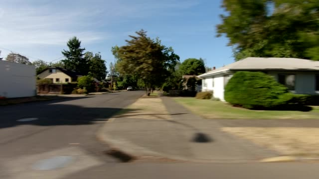 eugene suburb xxiii synced series right view driving process plate - oregon us state stock videos & royalty-free footage