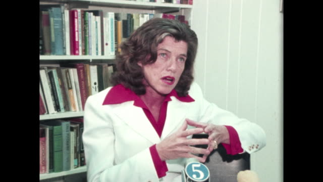 eunice kennedy shriver talks about early childhood education - educazione sessuale video stock e b–roll
