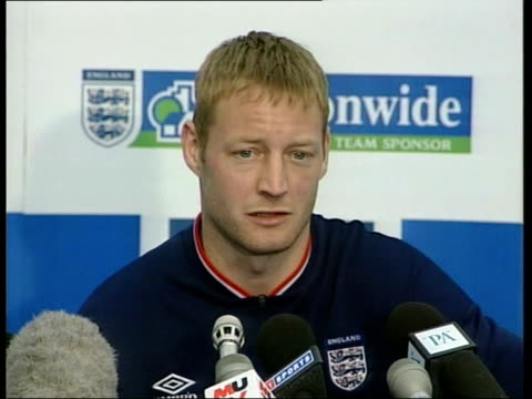 weekend qualifiers itn david batty press conference sot talks of what kevin keegan brings to england - euro 2000 stock videos & royalty-free footage