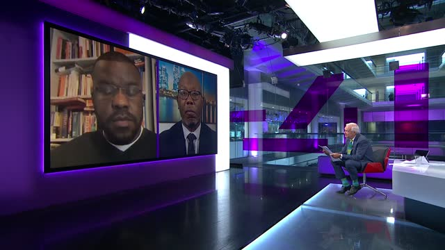 vidéos et rushes de italy beat england / england players receive racist abuse; england: london: gir: int nels abbey live 2-way interview from north london and darren... - channel 4 news