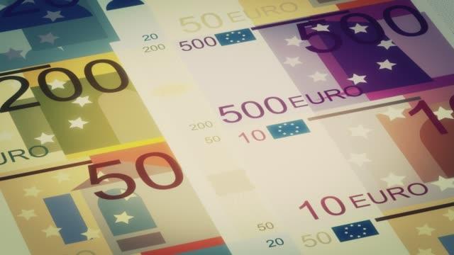 vídeos de stock e filmes b-roll de euro banknotes stock video - european union coin