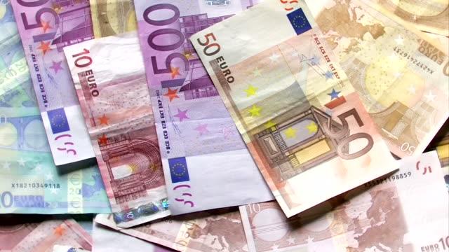 vídeos de stock, filmes e b-roll de euro dinheiro - nota de cinquenta euros