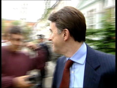 stockvideo's en b-roll-footage met mandelson statement on brown itn england london peter mandelson mp towards from house mandelson sitting in car as driven along - peter mandelson