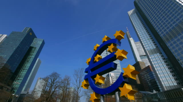 euro sculptur at willy brandt square and financial district, frankfurt am main, hesse, germany - hesse germany stock videos and b-roll footage