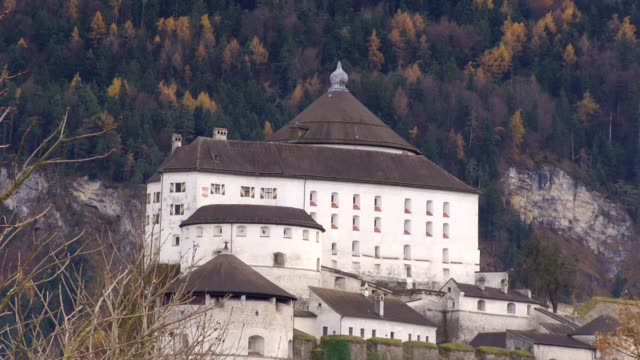 europe, austria, tyrol, kufstein, view of kufstein fortress (first mentioned in the 13th century). - 北チロル点の映像素材/bロール
