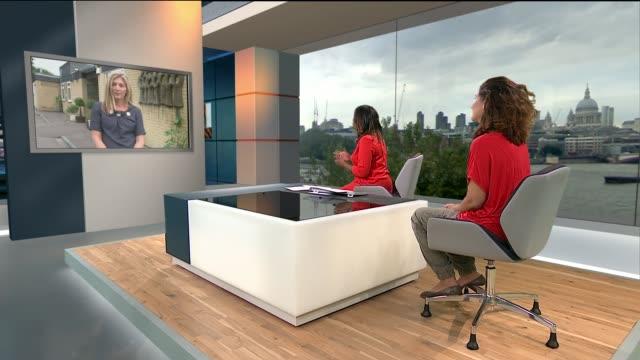 vidéos et rushes de europe migrant crisis: boris johnson says london must face up to its refugee 'responsibilities'; england: london: gir: int ros ereira live studio... - émigration et immigration