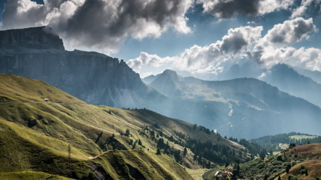 vídeos de stock e filmes b-roll de european alps mountain range , time lapse , switzerland - vale