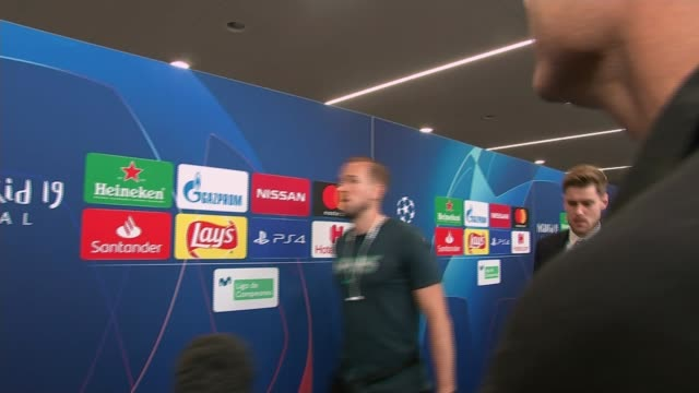 Liverpool beat Tottenham Hotspur Fans react SPAIN Madrid INT Mauricio Pochettino press conference SOT Players along past media after game Jan...