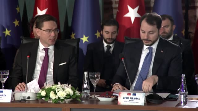 european commission vicepresident for jobs growth investment and competitiveness jyrki katainen and turkish treasury and finance minister berat... - europäische kommission stock-videos und b-roll-filmmaterial