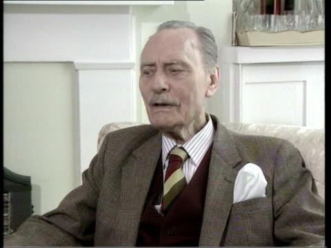 vídeos y material grabado en eventos de stock de lessons to be learned int enoch powell interview sot best people appeared on yes side and when in doubt the british people on the whole follow the... - 1975