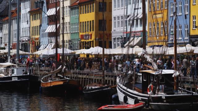 vídeos de stock e filmes b-roll de european waterfront - região de oresund