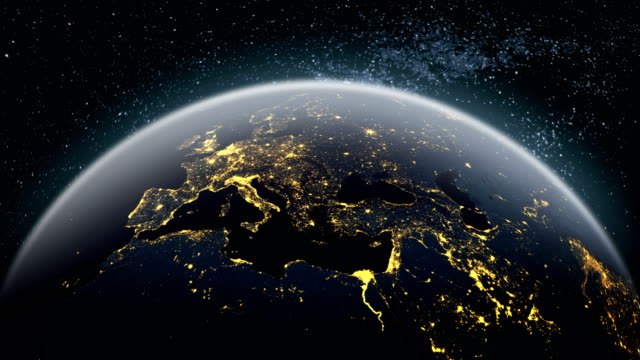 vídeos de stock, filmes e b-roll de mapa da europa-terra 4k - homem e máquina