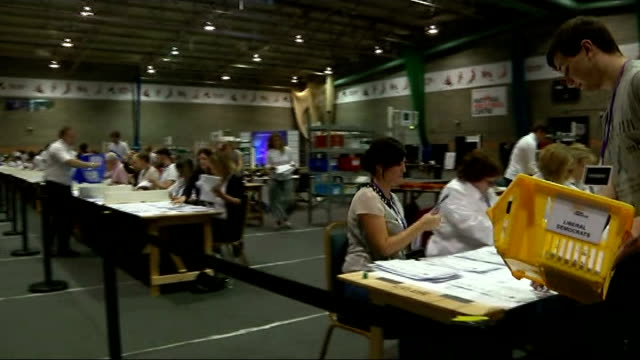 eurosceptic parties make gains in europe; england: northamptonshire: kettering: int various of votes being counted in european elections london... - northamptonshire stock-videos und b-roll-filmmaterial