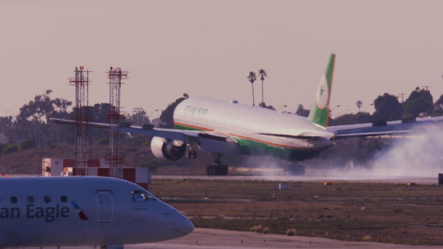 eva air landing - taiwan stock videos & royalty-free footage
