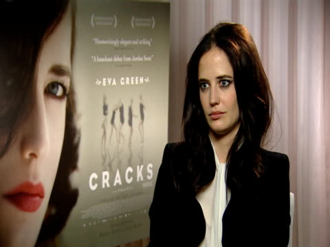 Eva Green on how Jordan and Ridley Scott are very different directors on how Jordan is very sensitive and feminine and generous at the Cracks...