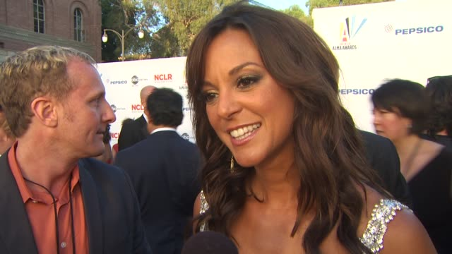 eva la rue on the importance of the alma awards at the 2009 alma awards at westwood los angeles ca - eva larue stock videos and b-roll footage