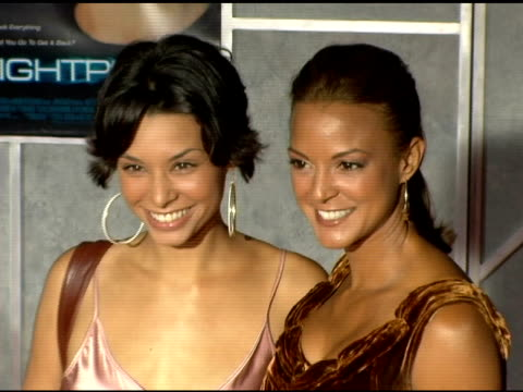 eva larue and sister at the 'flightplan' los angeles premiere at the el capitan theatre in hollywood california on september 19 2005 - eva larue stock videos and b-roll footage