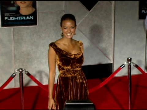 eva larue at the 'flightplan' los angeles premiere at the el capitan theatre in hollywood california on september 19 2005 - eva larue stock videos and b-roll footage