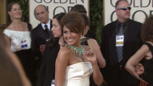 vídeos y material grabado en eventos de stock de eva mendes at the 66th annual golden globe awards arrivals part 5 at los angeles ca - 2009