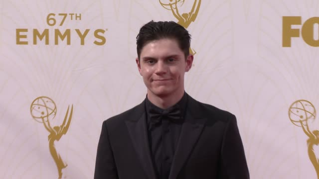 evan peters at the 67th annual primetime emmy awards at microsoft theater on september 20, 2015 in los angeles, california. - annual primetime emmy awards stock videos & royalty-free footage