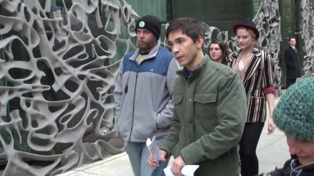 Evan Rachel Wood and Justin Long on location for the film 'A Case of You' in New York on 2/21/2012