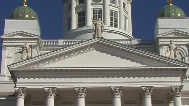 vidéos et rushes de cu, evangelical lutheran cathedral, helsinki, finland - style néoclassique