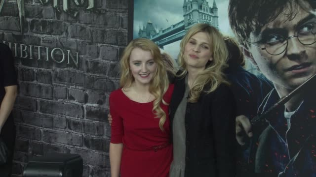 evanna lynch and clemence possy at the launch event for the home entertainment release of harry potter and the deathly hallows part 1 at new york ny - evanna lynch stock videos & royalty-free footage