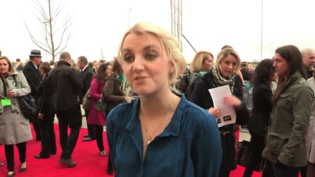 evanna lynch talks of her feelings about the tour and how enjoyable it is to see the props and scenery up close interview evanna lynch at leavesden... - evanna lynch stock videos & royalty-free footage