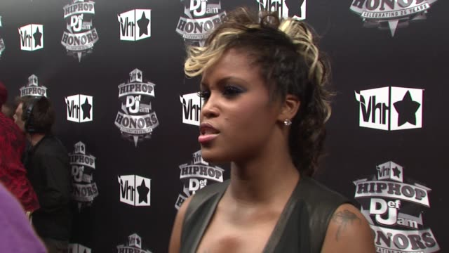 stockvideo's en b-roll-footage met eve at the 2009 vh1 hip hop honors red carpet at new york ny - vh1