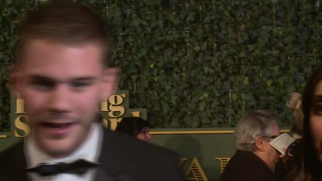 evening standard theatre awards 2015 red carpet; england: london: the ivy: ext rcihard e. grant interview sot - re 'downton abbey' and london theatre... - ジュディ・デンチ点の映像素材/bロール