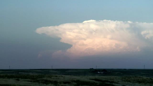evening thundercloud, timelapse - cumulonimbus stock videos & royalty-free footage