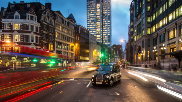 evening traffic in london - timelapse - footpath stock videos & royalty-free footage
