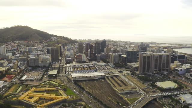 vídeos de stock, filmes e b-roll de todo mundo ama cape town - áfrica meridional