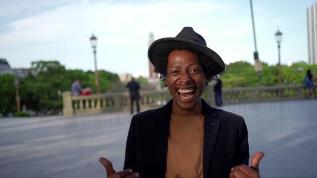 stockvideo's en b-roll-footage met alles is o. k - zonnehoed hoed
