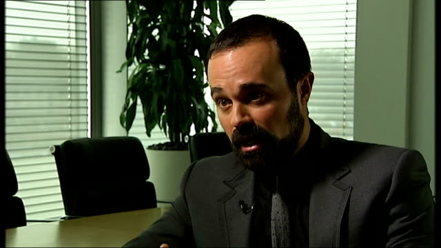 evgeny lebedev interview; lebedev interview sot - on editorial overlap between newspapers and tv channel - on channel being aimed at young people and... - editorial bildbanksvideor och videomaterial från bakom kulisserna